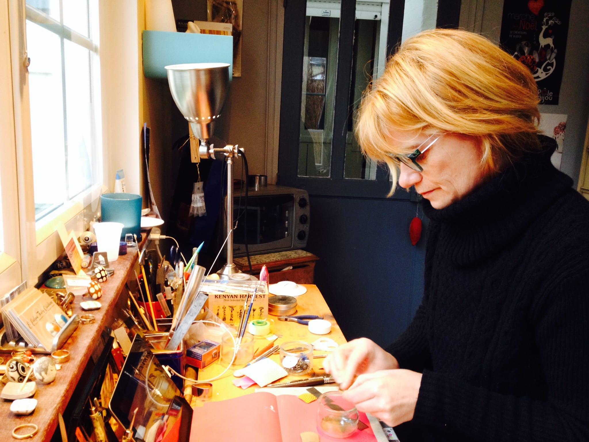 Atelier de fabrication de bijoux contemporains